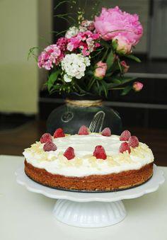 Carrot cake Carrot Cake, Ricotta, Vanilla Cake, Carrots, Desserts, Recipes, Food, Lemon, Tailgate Desserts