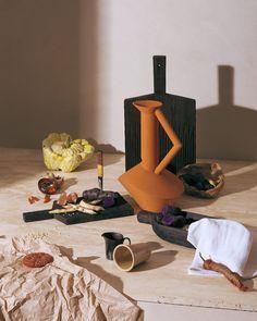 Sur www.admagazine.fr retrouvez ces objets qui rendent la vie plus belle Stylisme: aurorelameyre, Direction artistique: @thibautmathieuad, Photos: @albdorf - AD France (@ad_magazine)