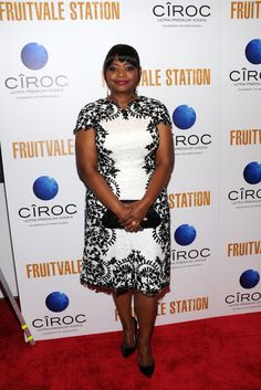 Octavia Spencer in Tadashi Shoji! - Great dress, looks like white accented with black lace (pattern?) Understated and classy!