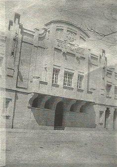 Teatro Alfageme cuerpo central de la fachada, Calle Ramón y Cajal, año 1928.