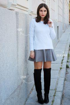 Falda gris y botas