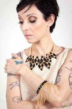 Colar e pulseira Lita Raies em breve na loja virtual.  http://www.crisguerra.com.br
