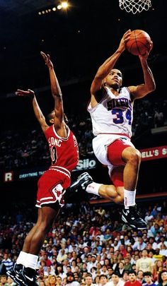 Armstrong Can't Stop Barkley, '91 East Semifinals.