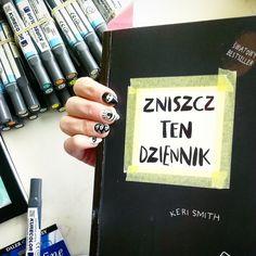 Podesłała Izabela Iwinska #zniszcztendziennikwszedzie #zniszcztendziennik #kerismith #wreckthisjournal #book #ksiazka #KreatywnaDestrukcja #DIY