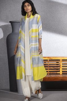 Ivory/Lime Digital Printed Stripes Jacket In Chanderi - 3555 Kurti Patterns, Screen Printing Shirts, Striped Jacket, Embroidered Jacket, Indian Outfits, Indian Clothes, Sleeveless Tunic, Kurta Designs, Print Jacket
