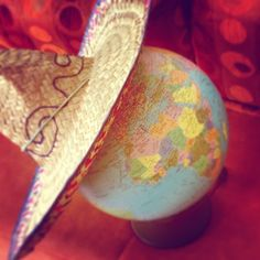 On this morning, even the whole earth prepared herself in the expectation of a great day in spring. #goodmorning #getup #wednesday #globe #world #hat #sombrero