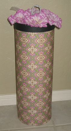 DIY Toilet paper holder: she used two coffee containers with the bottom cut out of one, covered in scrapbook paper Bathroom Crafts, Bathroom Ideas, Diy Craft Projects, Diy Crafts, Diy Toilet Paper Holder, Recycling Containers, Sunroom Decorating, Bathroom Organization, Organization Ideas