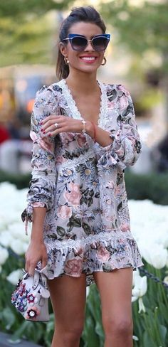 fashionable summer outfit / printed dress + bag