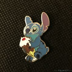 DSF Disney STITCH SITTING with ICE CREAM SUNDAE Pin Trader's Delight PTD LE 300