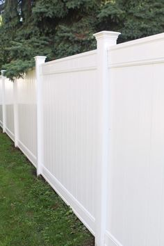 We recently upgraded to a white vinyl fence in our yard. White Vinyl Fence, White Fence, Fence Landscaping, Backyard Fences, Fenced In Backyard Ideas, Outdoor Fencing, Fenced Yard, Vinyl Privacy Fence, Vinyl Fencing