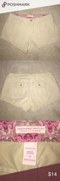 Abercrombie & Fitch Khaki shorts size 4 Abercrombie & Fitch size 4 Khaki shorts! In excellent condition. Abercrombie & Fitch Shorts