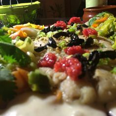 Lieu noir Sushi, Grains, Rice, Ethnic Recipes, Pisces, Black People, Recipe, Laughter, Jim Rice
