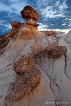 Cool Hoo Hues by Vincent Piotrowski, via Dinosaur Provincial Park, Alberta, Canada I think they are called Hoo Doo's, not sure of the spelling. O Canada, Canada Travel, Alberta Canada, Parks Canada, Ontario, Ottawa, Torre Cn, Great Places, Places To See