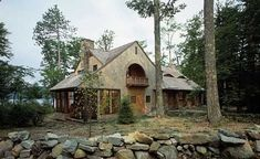 Small cabin design -- done well -- successfully balances form and function. The creative examples featured here offer plenty of both! Log Cabin Homes, Cottage Homes, Log Cabins, Small Cabin Designs, Cabins And Cottages, Small Cabins, Timber Cabin, Home On The Range, Cottage Design