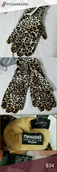 "CEJON *nwt* Leopard Velvet OSFA Thinsulate Gloves Brand: Cejon & Thinsulate  Item: *Cejon Plush Gloves Filled With Ever So Soft Interior With Velvet either Leopard or Cheetah (i can't tell the difference) Print All Over The Exterior from a Local Boutique *These Gloves Have 40 gr THINSULATE Insulation for ""Warm Without Bulk"" *Sized as OSFA *PLEASE Read About the Benefits of this Thinsulate that are Shown in Pic 4 *NWT  *My prediction is they'll be gone in less than a week!  *****FIRM ON…"