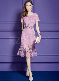 Shop Pink Embroidery Short Sleeve Mermaid Sheath Dress at EZPOPSY. Dress Brukat, Chic Dress, Sheath Dress, Pink Dress, Lace Dress, Party Dresses For Women, Dresses For Teens, Casual Dresses, Fashion Dresses