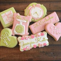 How To Store Breast Milk Properly: A Guide For Pumping Moms - Sidentic Baby Cookies, Sugar Cookies, Iced Cookies, Confetti Cookies, Breastmilk Storage Bags, New Baby Announcements, Foods To Avoid, Cookie Desserts, Trendy Baby