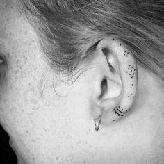 tattoo - cute dotwork tattoo on the ear. dotworkt… - nice Geometric Tattoo – cute dotwork tattoo on the ear. -Geometric tattoo - cute dotwork tattoo on the ear. dotworkt… - nice Geometric Tattoo – cute dotwork tattoo on the ear. Dot Tattoos, Mini Tattoos, Body Art Tattoos, Small Tattoos, Geometric Tattoos, Geometric Sleeve, Tatoos, Scorpio Tattoos, Geometric Shapes