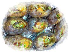 patates farçides!!! patates al forn, formatge ratllat, ou cru, pernil, sal , pebre i mozzarella