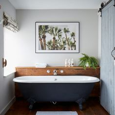Tucked away in the old quarter of Penzance, Artist Residence Cornwall is a fun & friendly boutique hotel with 22 bedrooms and a cottage. Boutique Hotel Bedroom, Best Boutique Hotels, A Boutique, Boutique Interior, Boutique Bathroom, Rental Bathroom, Ensuite Bathrooms, Bathroom Bath, Family Bathroom