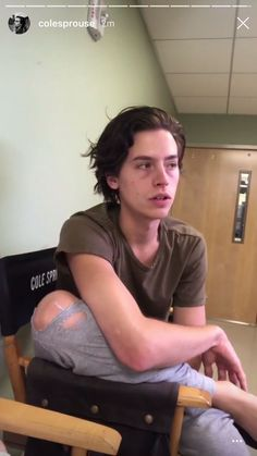videos Cole Sprouse on set of FFA Sprouse Cole, Sprouse Bros, Cole Sprouse Jughead, Dylan Sprouse, Cole Sprouse Funny, Bughead Riverdale, Riverdale Funny, Riverdale Memes, Ffa