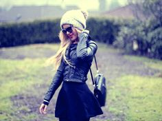 love her blog! she has the cutest outfits