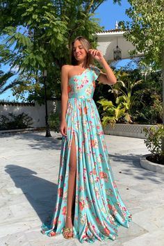 Floral Print One Shoulder Slit Maxi Dress Women's Best Online Shopping - Offering Huge Discounts on Dresses, Lingerie , Jumpsuits , Swimwear, Tops and More. Maxi Dress With Slit, Floral Maxi Dress, Junior Bridesmaid Dresses, Prom Dresses, Strapless Dress, Dress Outfits, Fashion Dresses, Mermaid Dresses, Spring Dresses