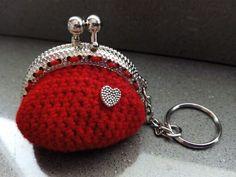 Llavero-monedero rojo con corazón