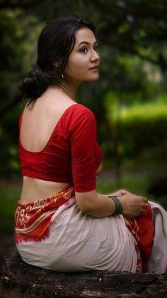 Indian Photoshoot, Saree Photoshoot, Beauty Full Girl, Beauty Women, India Beauty, Asian Beauty, Indian Bridesmaid Dresses, South Indian Actress Photo, Indian Bollywood Actress