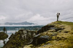 Adore this photo + this Oregon elopement!