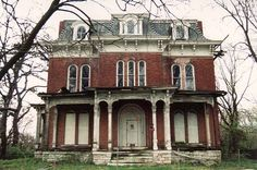 A list of the 50 most haunted places in Illinois, including cemeteries, old mansions and churches.
