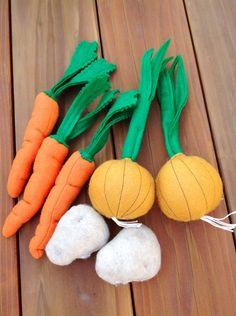 Felt Garden Vegetables Play Set