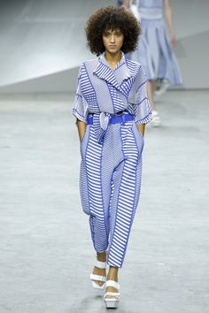 View the complete Issey Miyake Spring 2017 collection from Paris Fashion Week.