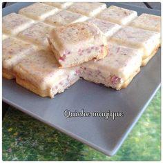 La gâteau magique étant en vogue, il se décline aussi en version salé... Cela donne une quiche très légère, à vos kikis !!! INGREDIENTS - 65g de beurre - 25cl de lait entier (ou non) - 2 oeufs - 150g d'emmental - 50g de farine - muscade - sel/poivre -... Pizza Cake, Sandwich Cake, Crockpot Recipes, Cooking Recipes, Happy Cook, Vol Au Vent, Quiche Lorraine, Gluten Free Recipes, Entrees
