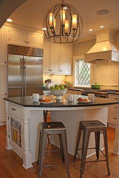 Milwaukee Kitchen - Traditional - Kitchen - Milwaukee - DesignGroupThree.com #MatthewKrier, #DesignGroupThree, #MilwaukeeRemodeler #DesignGroupThree, #MilwaukeeRemodeler, #GreenfieldCabinetry #CustomCabinetry #MilwaukeeCustomCabinetry #MilwaukeeKitchenDesigner