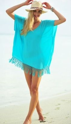 Find a bargain in our ladies designer beach kaftan sale. Outfit Strand, Boho Fashion, Womens Fashion, Fashion Trends, Summer Outfits, Casual Outfits, Beach Outfits, Bohemian Mode, Bohemian Beach