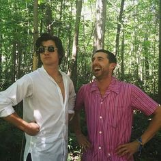 Look at these two! <3 so cute!! Alex Turner & Miles Kane! The last Shadow Puppets