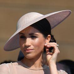 ea23f35592608 Philip Treacy Dusty Pink Sinamay Disc Hat Meghan Markle Style