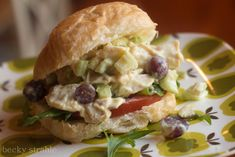 Copycat Recipe: Panera's Napa Almond Chicken Salad... has no mayo (for those picky people that don't like it in chicken salad)