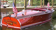 Ski Nautique, Wooden Speed Boats, Runabout Boat, Classic Wooden Boats, Vintage Boats, Chris Craft, Old Boats, Wooden Car, Boat Design