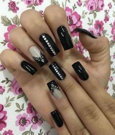 super Ideas for nails acrylic summer ombre Pedicure Designs, Pedicure Nail Art, Toe Nail Designs, Pedicure Ideas, Dark Nails, Red Nails, Hair And Nails, Summer Toe Nails, Glamour Nails