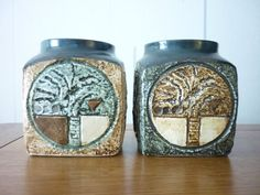 2 EXCELLENT TROIKA MARMALADE POTS - SIGNED J.F & A.B. Marmalade, Pottery Ideas, Lovely Things, Cornwall, Glass Art, Pots, Mid Century, Ceramics, Artist