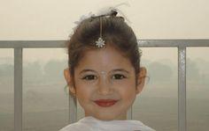 Bajrangi Bhaijaan Movie Little Girl Harshali Malhotra Cute Pics Sweet Images Snaps