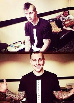 M Shadows♥♡♥ so fucking cute it hurts! Matt Shadows, Jimmy The Rev Sullivan, Zacky Vengeance, Synyster Gates, Welcome To The Family, Avenged Sevenfold, Heavy Metal Bands, Huntington Beach, Male Face