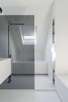Studio Niels™: White