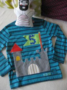 Einzigartig, wunderschön,individuell und cool wird das Ritterburg - Geburtstagsshirt für Ihren Schatz !!!! Die Ritterburg und die Zahl werden in den Wunschfarben aufgenäht;) Das abgebildete...