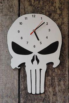 Punisher Uhr von Beeleco auf DaWanda.com