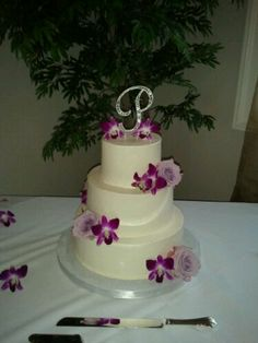 Wedding Cake with Lavender Roses and Dendrobium Orchids