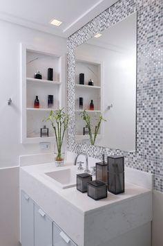 Diy bathroom decor, bathroom и simple bathroom. Bathroom Design Small, Simple Bathroom, Bathroom Interior Design, Dyi Bathroom, Mirror Bathroom, Big Bathrooms, Amazing Bathrooms, Shower Remodel, Bathroom Renovations