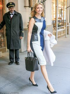 Ivanka Trump stepped out of her New York City apartment on Thursday with her white coat slung around her arm Ivanka Marie Trump, Ivanka Trump Style, Fashion Week, Paris Fashion, Women's Fashion, Khloe Kardashian Outfits, Color Blocking Outfits, Royal Clothing, Fashion Designer